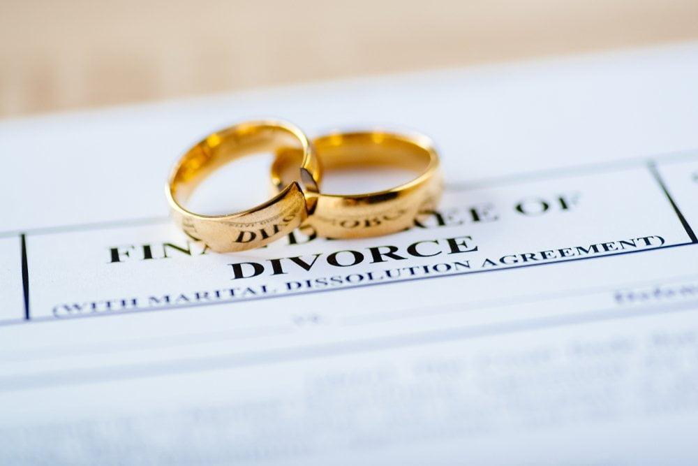 burme na papirima za razvod