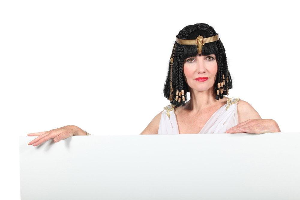 zena sa faraon perikom