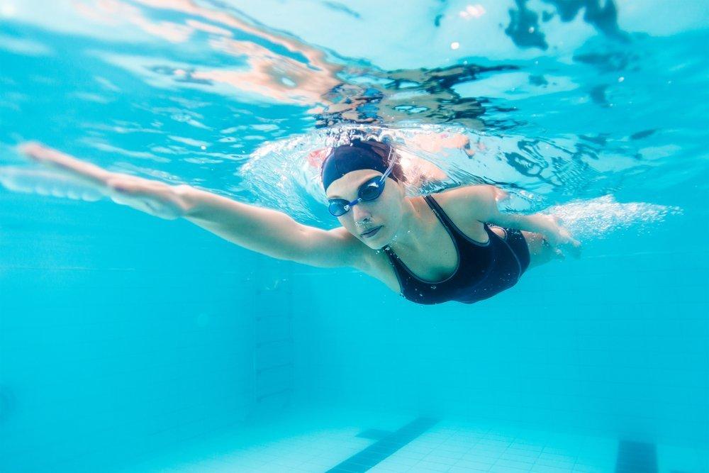 zena pliva