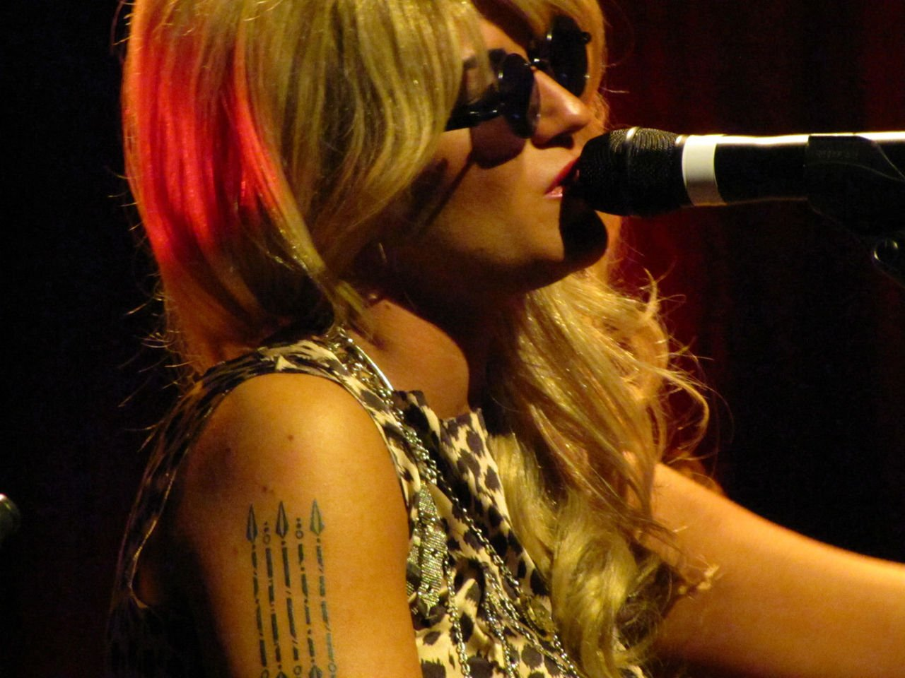 Melody Gardot - Wikipedia.com