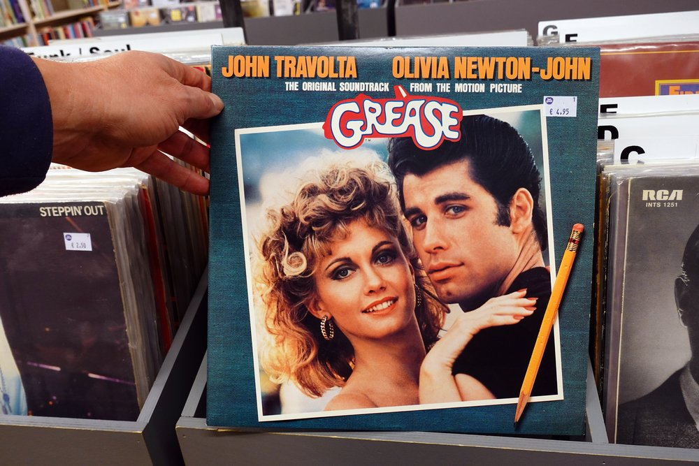 Grease - Olivija Njutn Dzon i Dzon Travolta